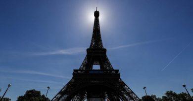 因疫情关闭九个月 巴黎铁塔周五重开